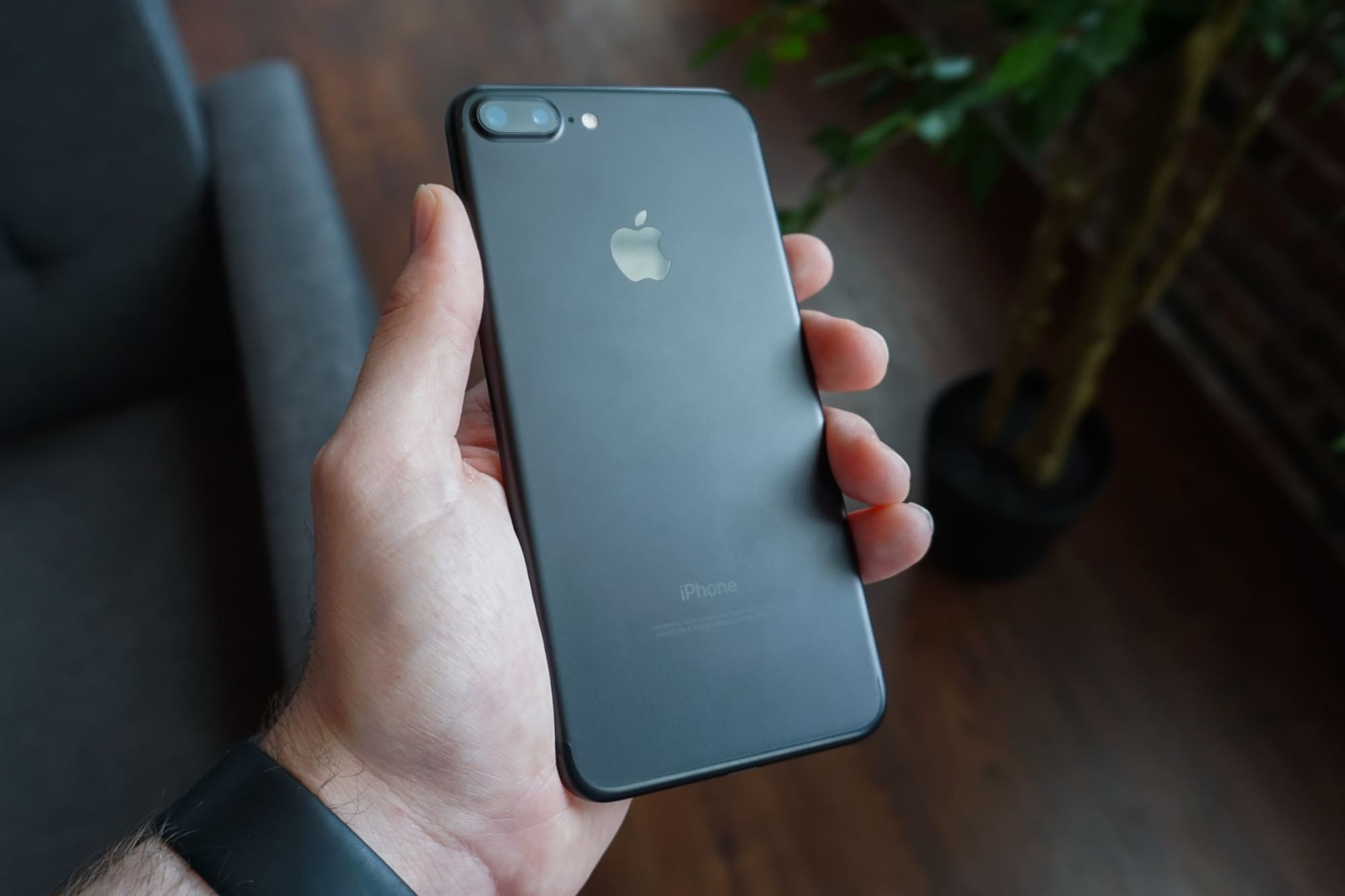 microphone on iPhone 8